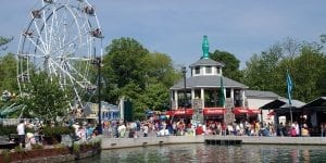 Lake Winnie Ferris Wheel and Diner